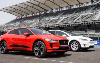 jaguar i-pace vs tesla model x