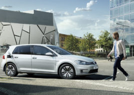 VW e-Golf za výpredajové ceny už aj na Slovensku. Zľava cez 7 000 €