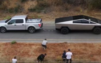 tesla cybertruck vs ford f-150
