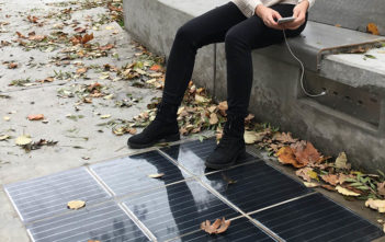 solarne dlazdice cesta platio