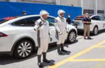spacex tesla zamestnanci